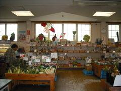 道の駅、デンパーク 地元の新鮮野菜でいっぱい!